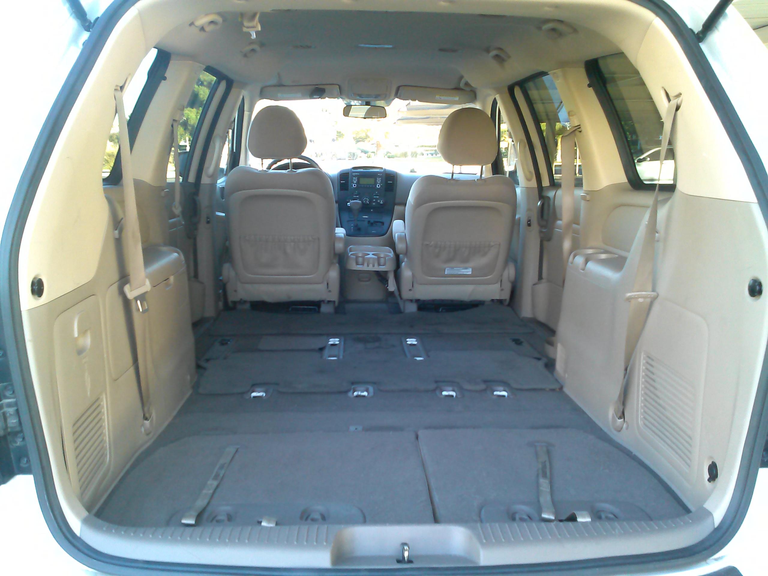 2012 Kia Sedona- Demand Some R-E-S-P-E-C-T | Reviews on ...